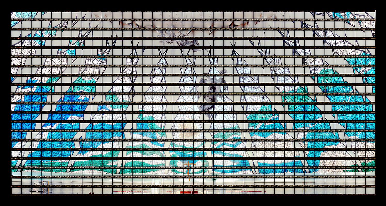 Gab Arte k2o art Thomas Kellner.Interior da Catedral Metropolitana de Brasília, Oscar Niemeyer.Brasília, Brasil.107x200cm.2007
