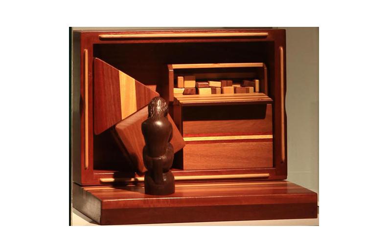 Gal. Karla Osorio. art. Bené Fonteles. O pensador andino. Técnica mista. 25x35x18cm. 2006 (9)