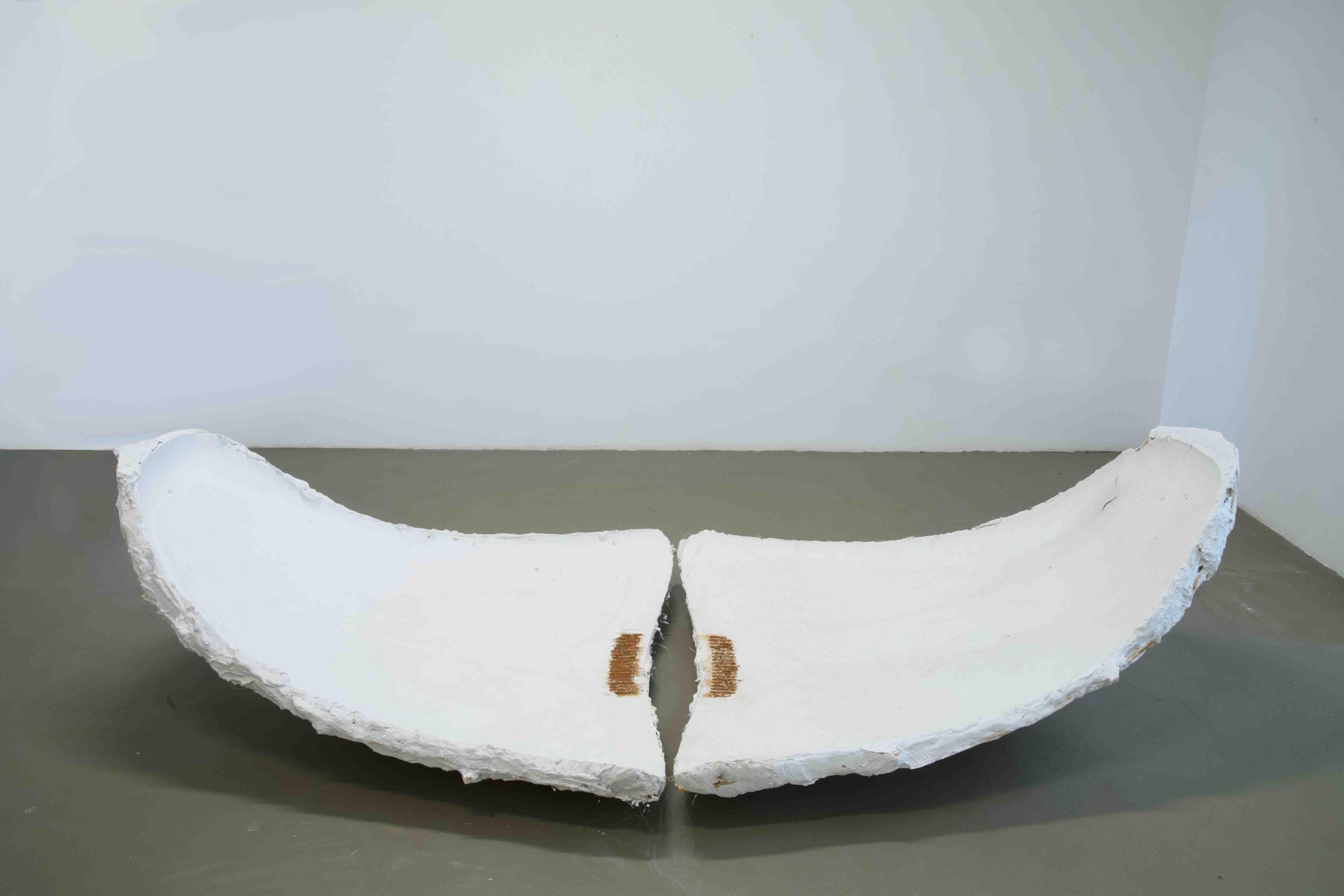07. GaKO. art. André Kruysen. Pelvis, Gesso. Plaster. 255 x 122 x 65cm 2019-BX